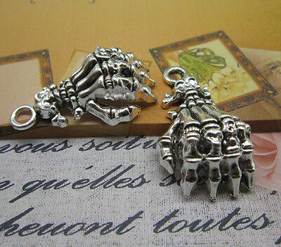 Wholesale Skeletons (wholesale 6/20pcs Retro Style alloy ancient silver Skeleton hands Charm pendant)