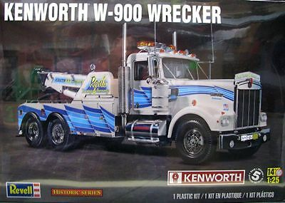 Revell Kenworth W-900 Wrecker Truck 1:25 Scale Model Kit   NEW