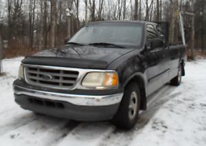 2000 Ford F-750 Camionnette