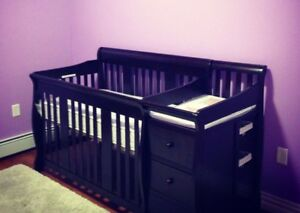 Crib and change table duo SPPU