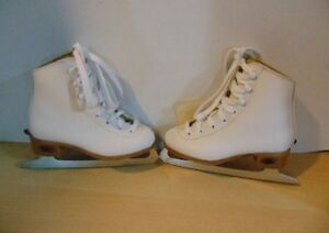 Youth Girls size 11 Riedell Figure Skates