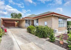 Family home with granny flat RLA268543 Para Vista Salisbury Area Preview