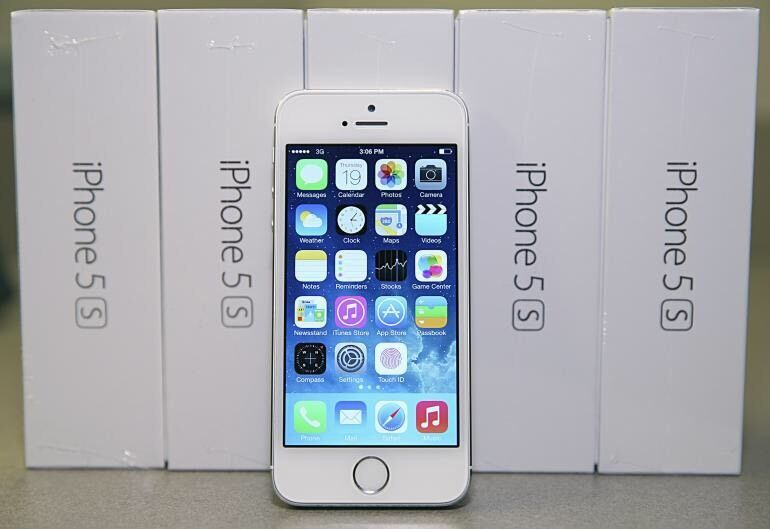 IPHONE 5S 16GB UNLOCKED BRAND NEW BOXES APPLE WARRANTYSHOP RECEIPTin Bradford, West YorkshireGumtree - APPLE IPHONE 5S 16GB UNLOCKED BRAND NEW BOXES APPLE WARRANTY & SHOP RECEIPT Free screen protector tempered glass or cover PICK UP FROMBISMILLAH PHONES 1 James gate bd13jy
