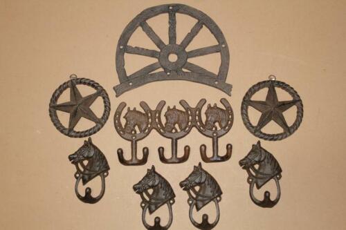 (8) Rustic Ranch House Entryway Coat Hooks Wagon Wheel Plaque, Cast Iron