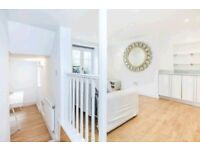 Elegant two double bedroom maisonette with outside space - Barnsbury Conservation area.