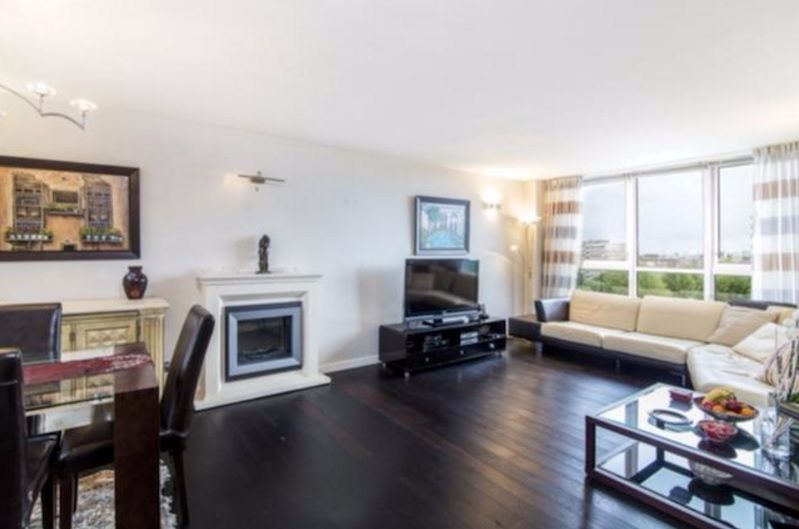 3 bedroom flat in Boydell Court, St Johns Wood Park, NW8