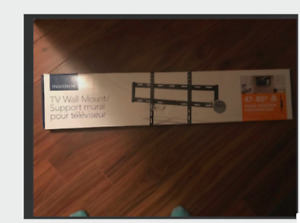 TV WALL MOUNT FIXED (BRAND NEW AND IN PACKAGE)