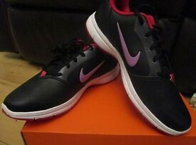 NEW = Genuine Ladies Nike Trainers - Black Size 5