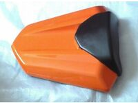 CBR 500R HONDA Orange SEAT COWL, in VERY GOOD CONDITION.