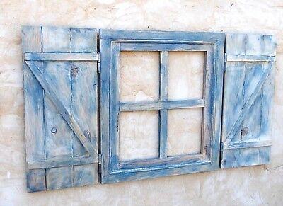 ventana de madera con postigos o contraventanas,azul decapada, vintage segunda mano  Benavente