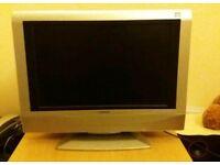 """Flat screen 19"""" TV 720p"""