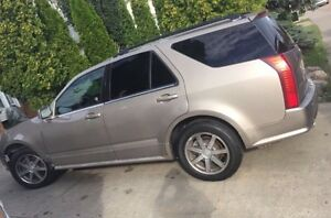 2004 Cadillac SRX - FULLY LOADED