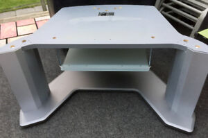 FREE TV MEDIA STAND