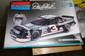 Monogram Dale Earnhardt Goodwrench 1993 Lumina Plastic Model Kit