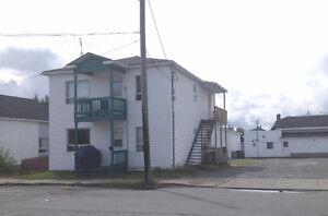 DUPLEX - 188-190, rue Taschereau Est, R,-N.
