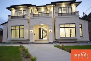 *STUNNING HOME IN COQUITLAM WITH INCREDIBLE VIEW!*