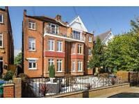 1 bedroom flat in Oxford Road, Teddington, Middlesex, TW11