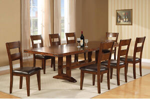 Dinning set 8 chairs 2 extensions for the table
