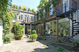 Luxury Victorian Villa with 6 Double Bedrooms, 5 Bathroom, Massive Garden in Islington N7