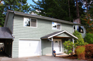 4 bedroom Squamish home with big backyard for sale