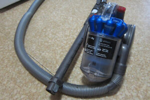 Wanted: Attachments for Dyson City 26 vacuum cleaner