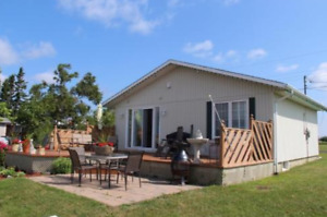 NEGOCIABLE!!! WATERFRONT HOUSE/COTTAGE FOR SALE