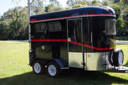 Horse Float for Hire - 2-Horse Angle Dulguigan Tweed Heads Area Preview