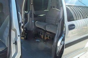 2004 chevy venture wheelchair van auto ramp an air shocks 165417 Belleville Belleville Area image 7