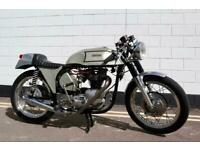 1972 Triton Classic Cafe Racer - Unit 650cc T120 Bonneville Engine !