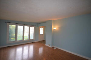 Pretty property with fully fenced yard. Good price come and see! Gatineau Ottawa / Gatineau Area image 6