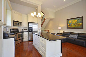STUNNING 5 BEDROOM AVENUE LAWRENCE BEAUTY