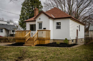 Fully renovated bungalow! 6837521