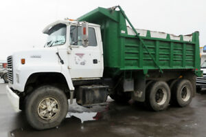 Camion 10 roues dompeur Ford LNT-80 /10 wheeler dump truck Ford