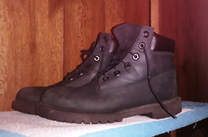Timberland Boots - Men's size 6 / Women's size 8