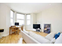 A Large 1 Bedroom Flat With Communal Garden- Heart of Cricklewood NW2