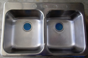STAINLESS STEEL - DOUBLE SINK