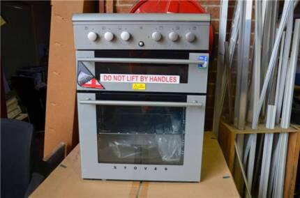 Dometic 3 plus 1 Oven and Grill Pendle Hill Parramatta Area Preview