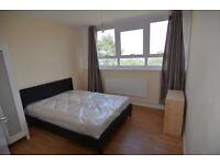 2 bedroom flat in Limpsfield Avenue, London, SW1