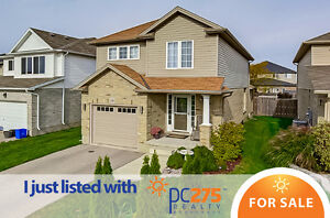 Gorgeous Home In Stoney Creek