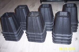 Bed Risers/Lifts 6 Inches Tall for Sale $25 - Set of 4