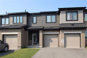 New 3bedroom townhome inBarrhaven for rent,Available immediately