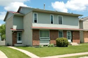 3 bedroom 2 stry townhome by Concordia Hosp - $1365 Aug ,Sep 1