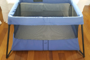 BABYBJORN lit parc de voyage Travel Crib Light Baby Bjorn