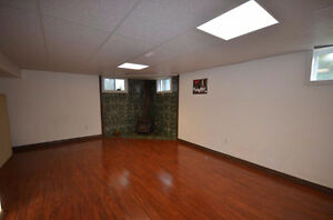 Pretty property with fully fenced yard. Good price come and see! Gatineau Ottawa / Gatineau Area image 9