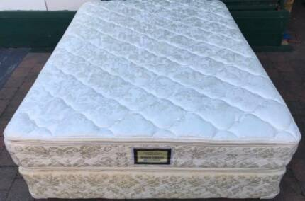 Excellent Sealy Brand queen bed(double sided pillow top mattress)