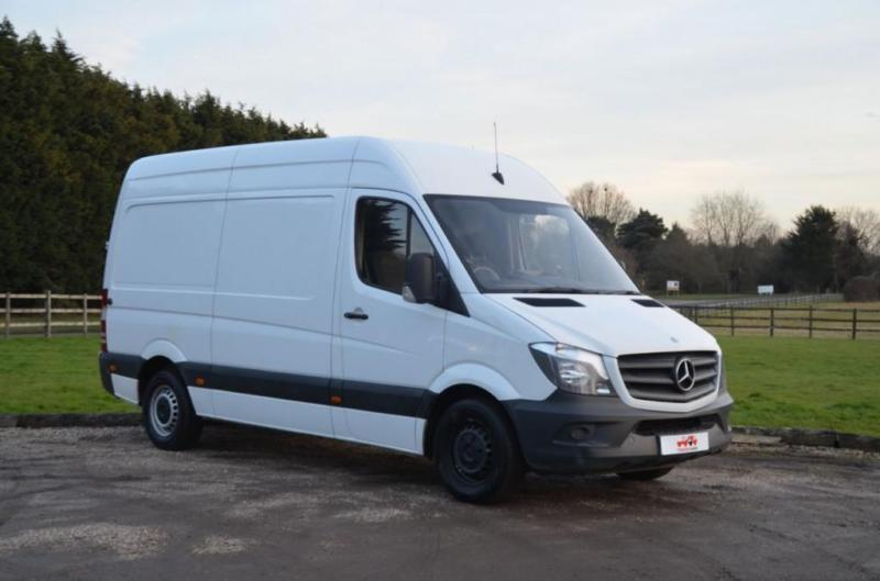 2.1 313 CDI MEDIUM WHEEL BASE HIGH ROOF PANEL VAN