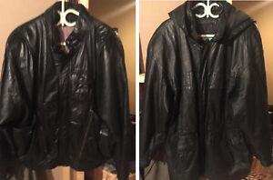 Manteaux de cuir à vendre en excellente condition. Aubaine