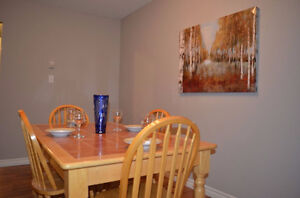 FEMALE ONLY- MONTH TO MONTH- ALL INCLUSIVE- SUMMER SUBLET London Ontario image 5