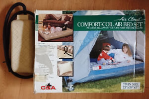 Vintage Air Cloud Comfort Coil Air Bed Set w/ Foot Pump & Pillow