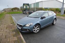 2013 63 VOLVO V40 D2 Cross Country Lux 5dr in Blue